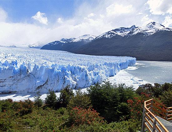 08|04|2014 – GEOBUCH News: Carmen Rohrbach, Patagonien, Kompass-Gewinnspiel