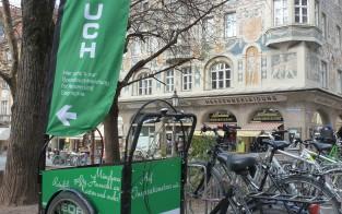 GEOBUCH-Rad mit Flagge I