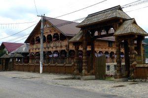 Rumänien Holztor